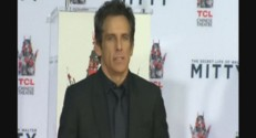 Ben Stiller dépose ses empreintes à Hollywood.