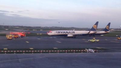 Deux avions de Ryanair se percutent à Dublin, 1/4/15