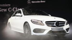 """La nouvelle Classe C de Mercedes a fait ses débuts au """"North American International Auto Show """" à Detroit le 12 janvier 2014"""
