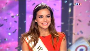 """Le 13 heures du 30 septembre 2013 : Miss France invit�de TF1 : """"Tr�heureuse d%u2019avoir � premi� dauphine �iss Monde"""" - 1426.1930000000002"""