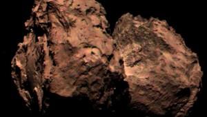 La comète Tchouri en couleur