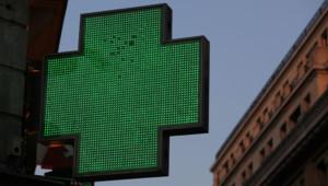pharmacie santé enseigne croix médicaments