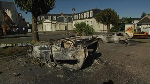 Gendarmerie attaquée par des manouches, normal. Gendarmerie3-6511409inoqx_1713