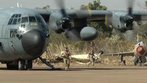 """Mali : transports de troupes français déployés lors de l'opération """"Serval"""" (14 janvier 2013)"""