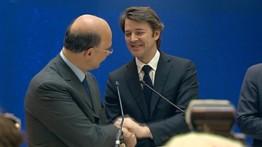 Passation de pouvoir entre Baroin et Moscovici à Bercy, le 17 mai 2012.