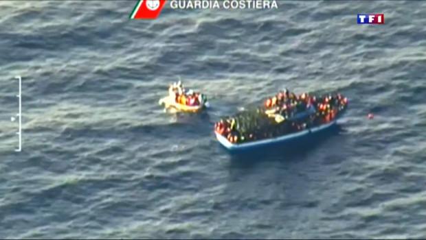 Le 13 heures du 15 avril 2015 : Drame en Méditerranée : 400 migrants morts dans un naufrage - 432.817