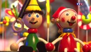 Noël : petits soldats de plomb et Tour Eiffel des années 30, il possède plus de 20.000 jouets anciens