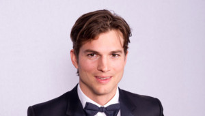 Ashton Kutcher aux Golden Globes en janvier 2012 à Los Angeles
