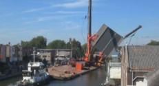 Au Pays-Bas, deux grues s'effondrent en plein chantier (03/08)