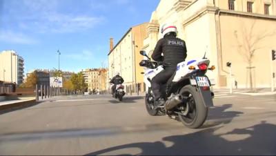 Le 20 heures du 24 novembre 2014 : La ville de Marseille d�rrass�de ses d�nquants ? - 369.5635416564941