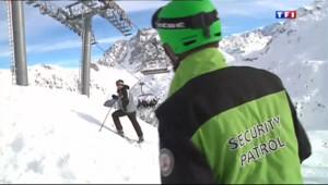 Le 20 heures du 27 décembre 2013 : Avalanches meurtri�s dans les Alpes : M�bel en �t d%u2019alerte - 241.426