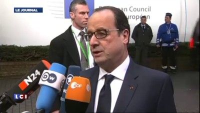 "Hollande : ""Une désescalade possible"" face à la Russie"