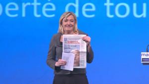 """En meeting à Toulouse, Marine Le Pen a dénoncé """"le rêve de la classe politique"""", son absence à l'élection, en Une du JDD le 5 février."""