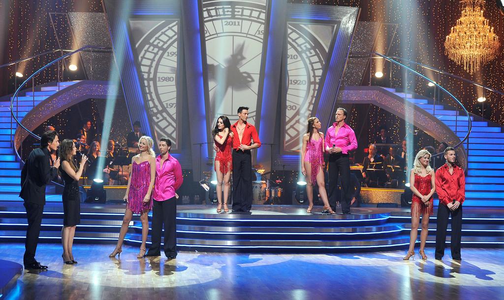 http://s.tf1.fr/mmdia/i/41/7/danse-avec-les-stars-du-13-03-11-10420417prdbm.jpg?v=1