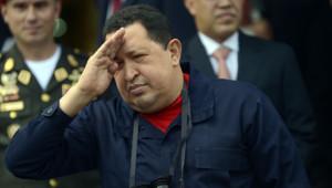 Première apparition publique pour Hugo Chavez depuis un mois et demi, le 2 juin 2012 à Caracas.