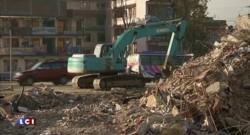 Séisme au Népal : un survivant de 101 ans retrouvé sous les décombres