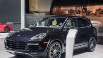 Un restylage rageur pour le Porsche Cayenne Turbo S qui voit sa puissance poussée jusqu'à 570 chevaux.