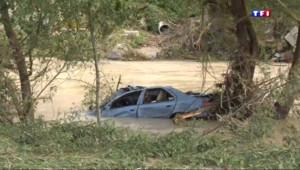 Le 13 heures du 14 septembre 2015 : Intempéries dans l'Hérault : Nettoyage après inondation - 533