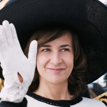 Quand Valérie Lemercier parle de jeunesse... dans Humeurs ! palais-royal-un-film-de-valerie-lemercier-2156420_1350