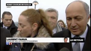 """Fabius à Roissy : """"On est formidablement heureux pour Florence"""""""