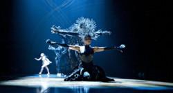 Le Cirque du Soleil en représentation à Montreal au Canada en avril 2012