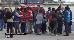 Départ d'Italie des premiers demandeurs d'asile transférés au sein de l'UE