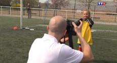 Le 13 heures du 15 avril 2015 : Football : collectionnez les Panini du petit club de Marly ! - 1475.273