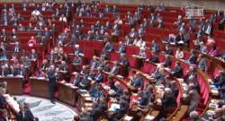 """Jean-Marc Ayrault a accusé la droite d'avoir """"ramené à un niveau politicien une affaire humaine peut-être triste et douloureuse""""."""