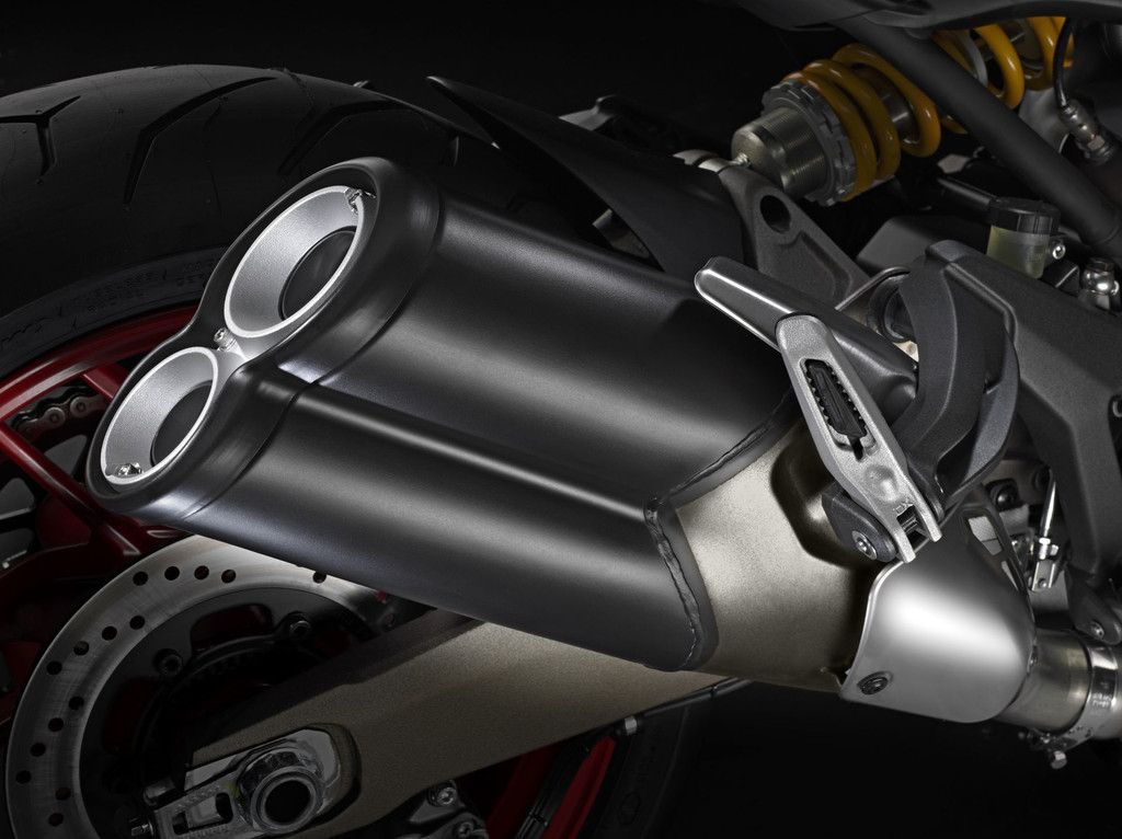 Nouvelle ducati monster 821 - Page 11 Ducati-monster-821-2014-02-11170430mxnuj