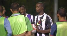 Le 20 heures du 17 octobre 2014 : Le football, un sport touch�ar le racisme - 1847.952