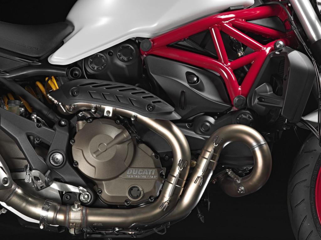 Nouvelle ducati monster 821 - Page 11 Ducati-monster-821-2014-03-11170431tpnzi