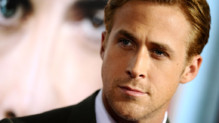 L&#039;acteur canadien Ryan Gosling,  l&#039;avant-premire des &quot;Marches du pouvoir&quot;  Los Angeles, le 27 septembre 2011.