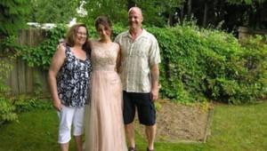 Randy Janzen avec sa femme et sa fille, sur son profil Facebook