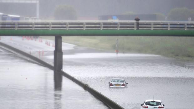 Autoroute A10 inondations Loiret Orléans