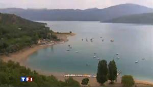 Le lac de Sainte-Croix, le poumon des gorges du Verdon