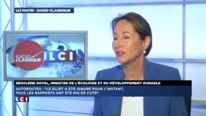 """Gratuité des autoroutes : """"Valls a raison de ne pas être d'accord"""" lance Royal"""