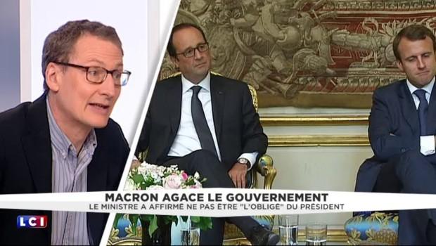 """Emmanuel Macron, """"continue de mettre en place son mouvement contre F. Hollande"""""""