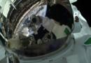 Le selfie tweeté par l'astronaute italien Luca Parmitano, en mission sur l'ISS pour 166 jours (le 11 juillet 2013)