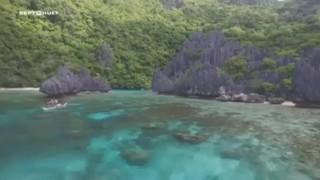 Minute 7 à 8 : El Nido, une des plages les plus belles au monde, un coin de paradis aux Philippines