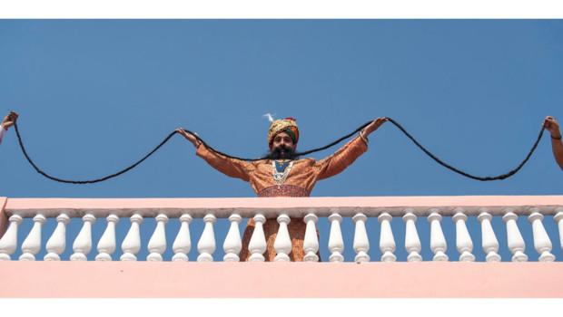Ram Singh Chauhan a la plus longue moustache du monde