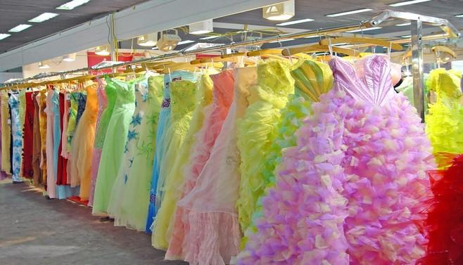 robes en couleur_robe de mariée_la mariée