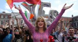 Dublin en liesse pour l'adoption du mariage gay par référendum, le 23 mai 2015.