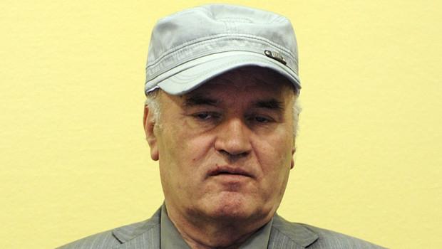 Ratko Mladic, lors de sa 1re comparution devant le TPIY à La Haye, le 3/6/11