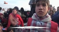 Syrie: des milliers de personnes qui fuient l'armée de Bachar al-Assa, bloquées à la frontière turque