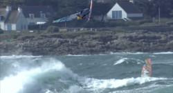 Le 20 heures du 21 octobre 2014 : La Coupe du Monde de windsurf fait �pe dans le Finist� - 1598.4324671020509