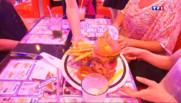 """Le 20 heures du 5 juillet 2015 : Gastronomie : le burger, un """"must-eat"""" en France - 1617"""