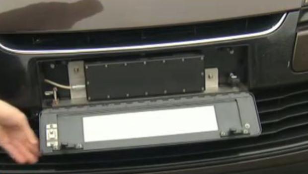 Les nouveaux radars sont placés dans la plaque d'immatriculation et donc indétectables pour les automobilistes.