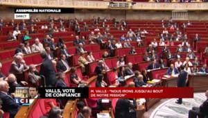 """Valls : """"Il n'y a ni tournant, ni virage, ni zigzag, c'est toujours la même politique"""""""