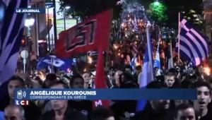 """""""Les Grecs vivent en direct le démantèlement du parti Aube Dorée"""""""