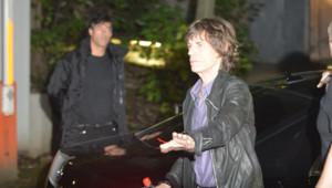 Concert des Rolling Stones à Paris : l'arrivée de Mick Jagger au Trabendo (25 octobre 2012)